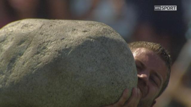 Finale, lancée de la pierre d'Unspunnen: Philipp Benz ne bat pas son premier lancé avec ... [RTS]