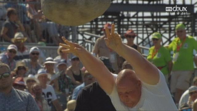 Finale, lancée de la pierre d'Unspunnen: Pascol Muerner lance à 3.51 mètres [RTS]