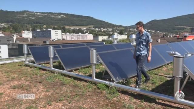 Minimag: la profession d'installateur de panneaux solaires semble promise à un bel avenir [RTS]