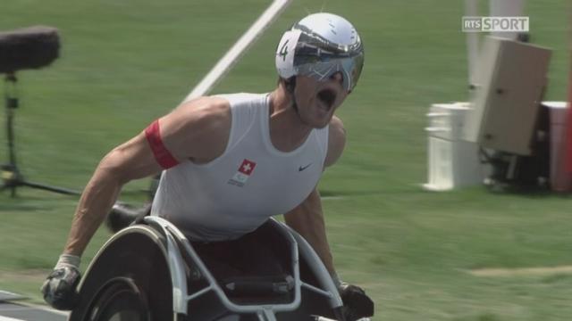 Athlétisme, 800m T54 messieurs: Marcel Hug remporte l'or pour la Suisse! [RTS]