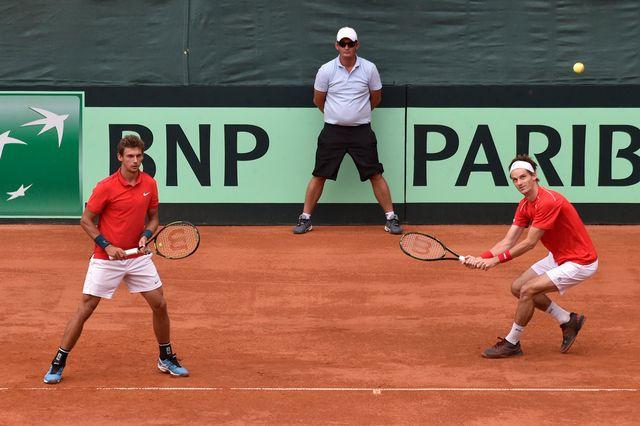 Henri Laaksonen (à gauche) et Adrien Bossel (à droite) ont parfaitement géré le double. [Anvar Ilyasov - Keystone]
