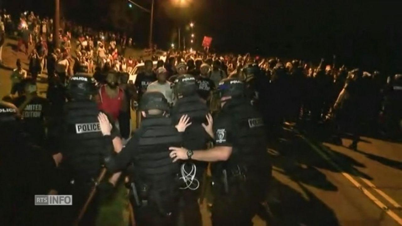 Heurts entre manifestants et policiers en Caroline du Nord [RTS]
