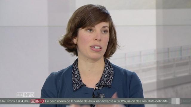 """Lisa Mazzone (Verts-GE): """"L'économie verte est une réalité dans l'Union européenne et nous sommes en train de prendre un temps de retard même au niveau économique"""" [RTS]"""