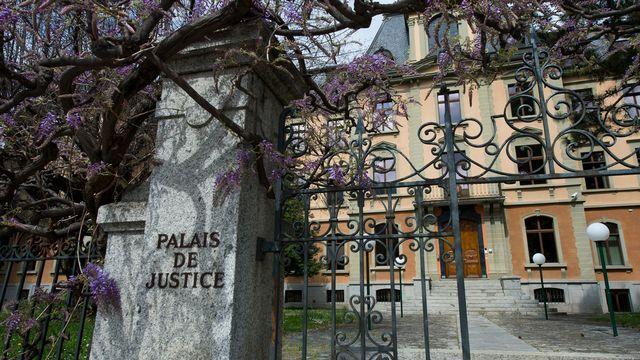 Une vue du Palais de Justice qui abrite notamment le Tribunal Cantonal valaisan. [Jean-Christophe Bott - Keystone]