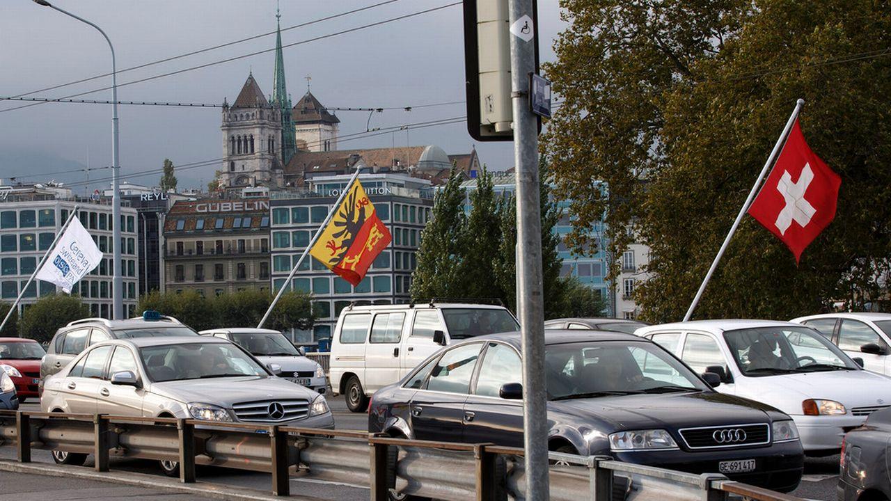 Selon l'administration fiscale, la mesure touche davantage les pendulaires non domiciliés dans le canton de Genève. [Salvatore Di Nolfi - Keystone]