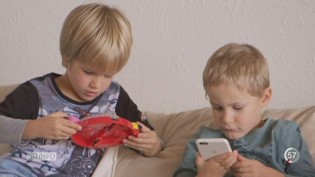 Les parents doivent gérer le temps que leur enfant passe devant un écran [RTS]
