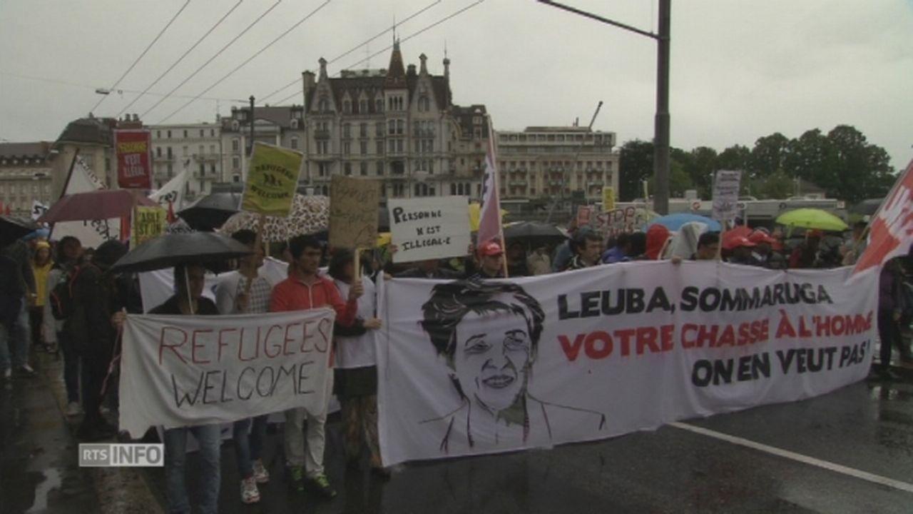 Près de 2500 manifestants envahissent les rues de Lausanne [RTS]