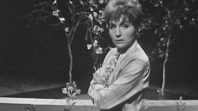 La chanteuse Nicole Croisille en 1962. [RTS]
