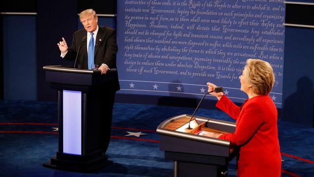 Donald Trump et Hillary Clinton lors du premier débat de la présidentielle américaine, à Hempstead, dans l'Etat de New York, le 26 septembre 2016. [Reuters]