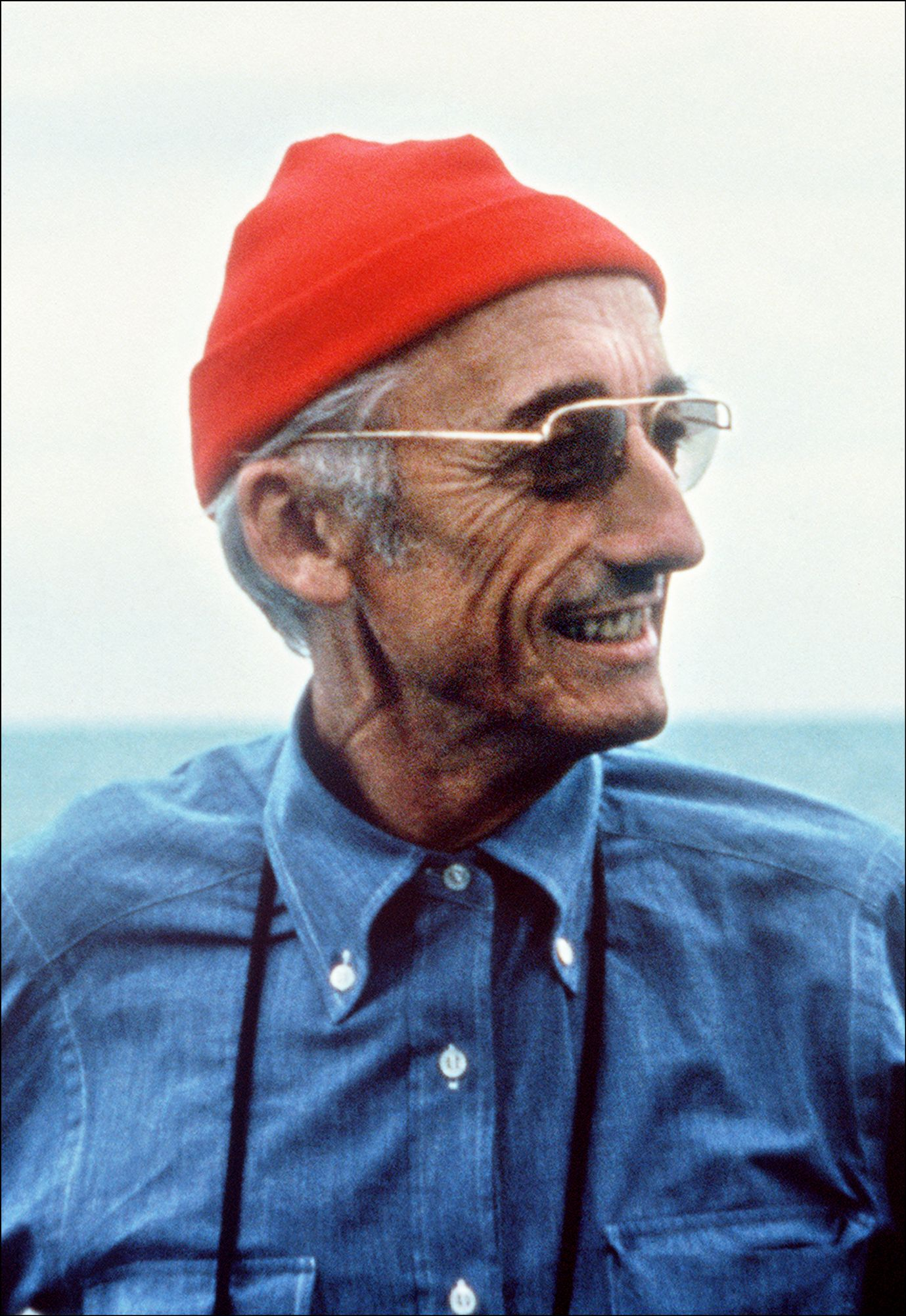 essay on jacques yves cousteau Essay jacques-yves cousteau was born in st andre de cubazac, france in 1910 the son of a lawyer, jacques was warned by doctors to avoid strenuous activities due to.