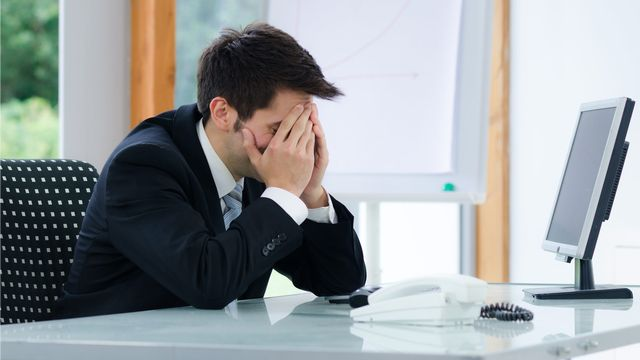 Fribourg veut donner l'exemple en matière de harcèlement ou de difficultés relationnelles au travail. [Picture-Factory - Fotolia]
