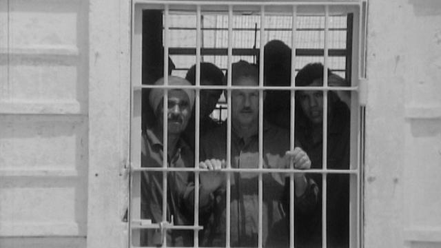 Prisonniers égyptiens dans prison israélienne, 1970. [RTS]