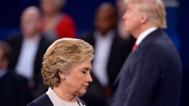 Si l'élection présidentielle américaine du 8 novembre avait lieu cette semaine, Hillary Clinton obtiendrait les voix de 326 grands électeurs et Donald Trump de 212. [Saul Loeb - Reuters]