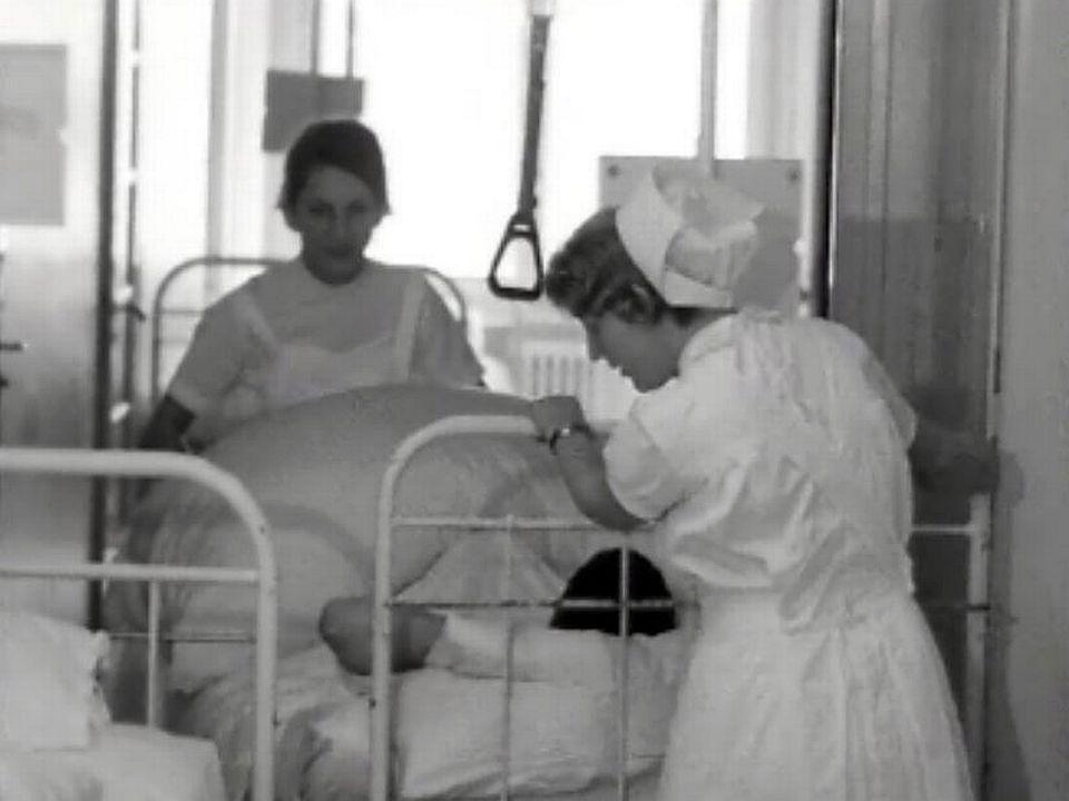 Fini les dortoirs trop vastes. A Morges, l'hôpital se modernise. [RTS]
