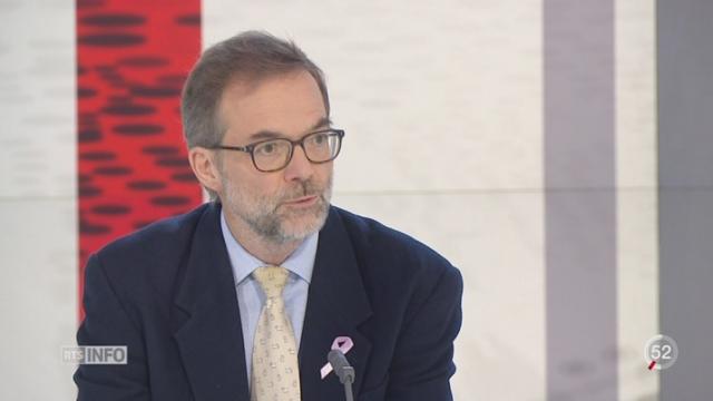Cancer du sein chez les jeunes femmes: les explications du Dr Pierre Chappuis, resp. unité oncogénétique et prévention des cancers [RTS]