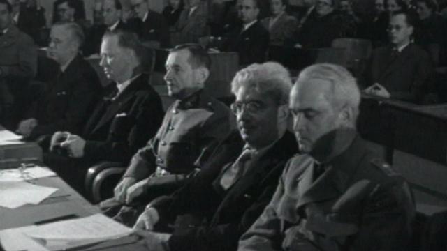 Cérémonie de signature des Conventions de Genève en 1949. [RTS]