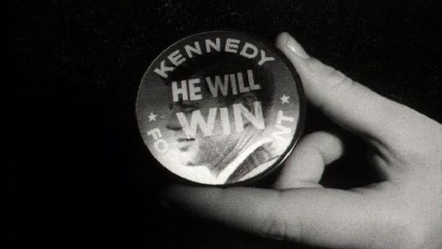Pin's pour le candidat John Kennedy en 1960. [RTS]