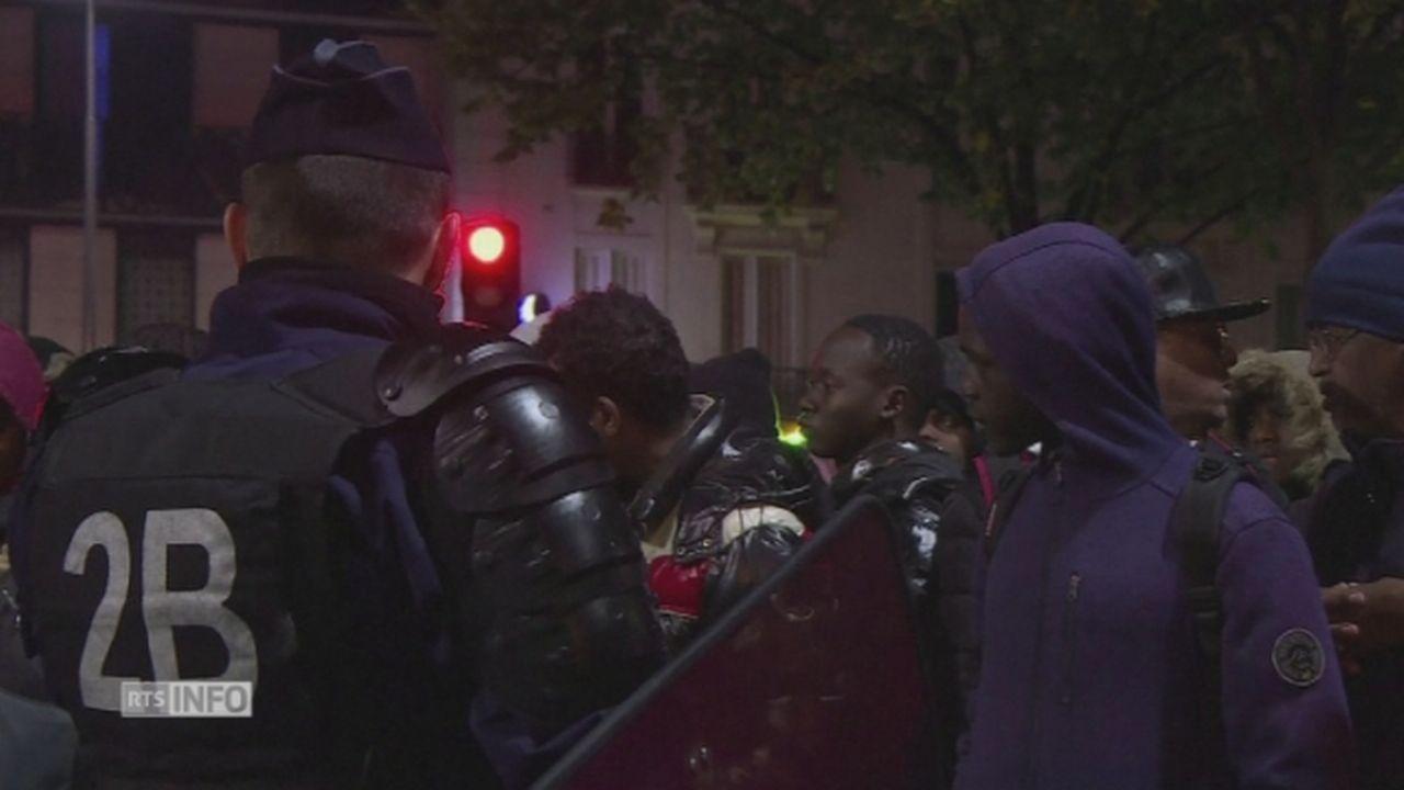 Les images de l'évacuation du campement de 3000 migrants dans le nord-est de Paris [RTS]