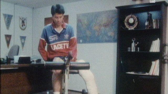 Lucien Favre après son accident de 1985. [RTS]