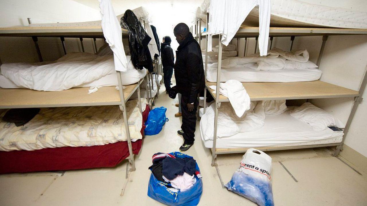 Un dortoir du centre pour requérants d'asile du Coteau-Fleuri à Lausanne. [Laurent Gilliéron - Keystone]