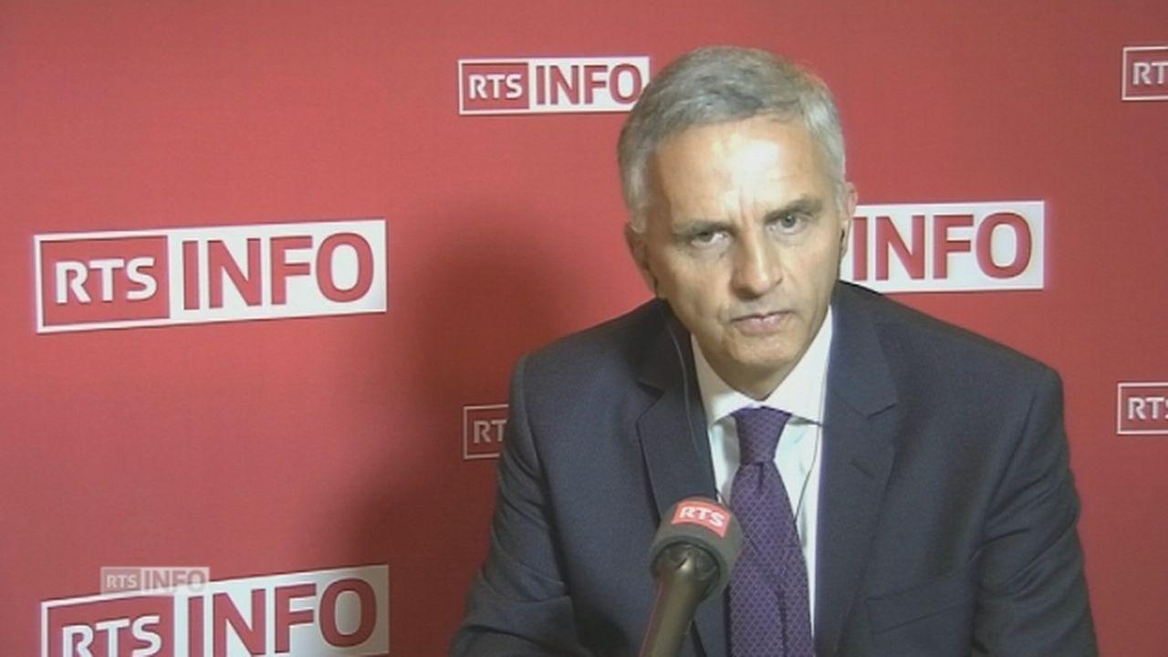 """Didier Burkhalter: """"Le monde change, les Etats-Unis changent. La Suisse pas tellement."""" [RTS]"""