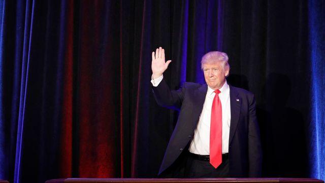 Le républicain et futur président américain Donald Trump a fait l'objet d'invitations, notemment de l'Union européenne, sitôt sa victoire acquise. [John Locher - AP/Keystone]
