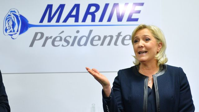 Marine Le Pen a présenté son nouveau logo de campagne. [Mustafa Yalcin / Anadolu Agency - AFP]
