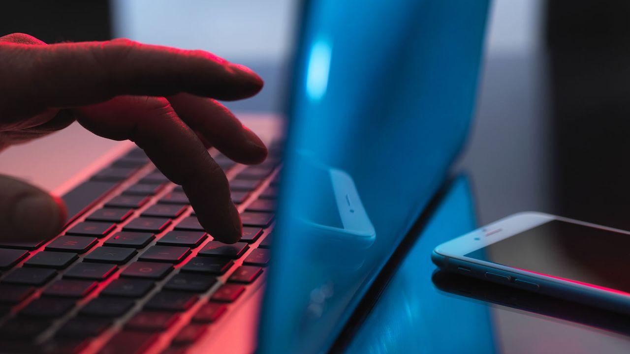 6% des élèves interrogés seraient la cible de harcèlement, dont 2% sur internet ou sur les réseaux sociaux. [Science Photo Library/AFP]