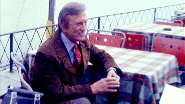 L'acteur américain en tournage à Caux en Suisse en 1974. [RTS]