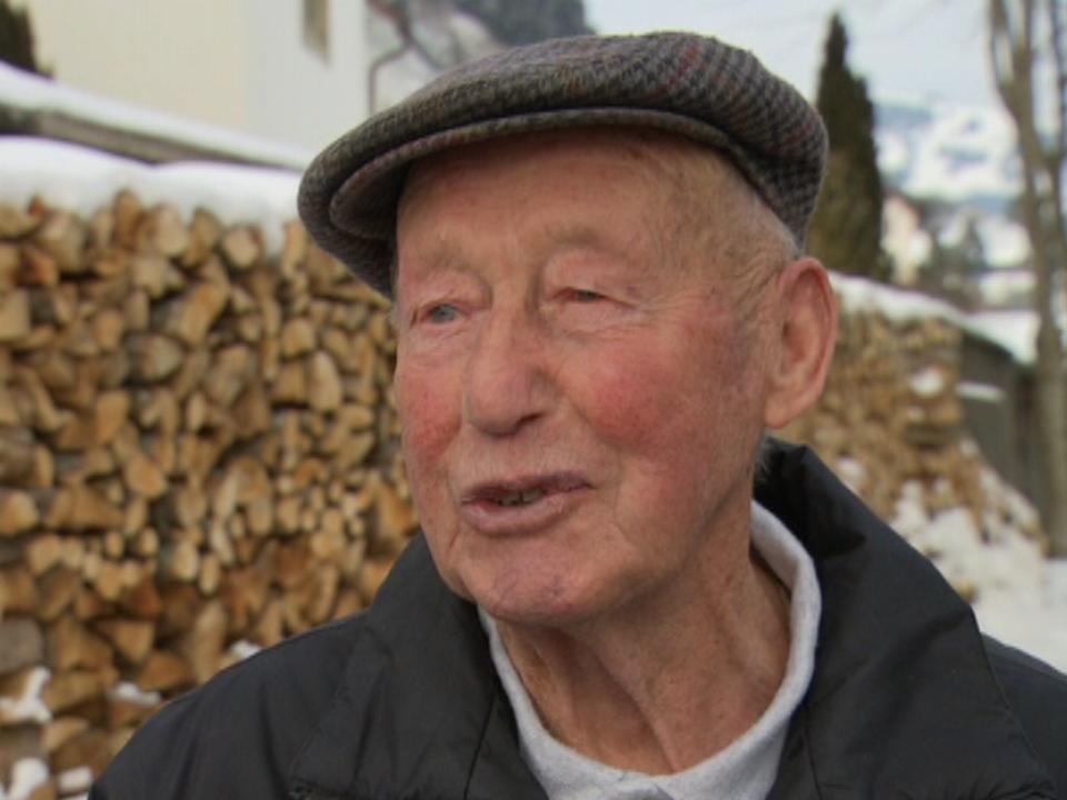 Monsieur Charrière, retraité à Cerniat en 2012. [RTS]