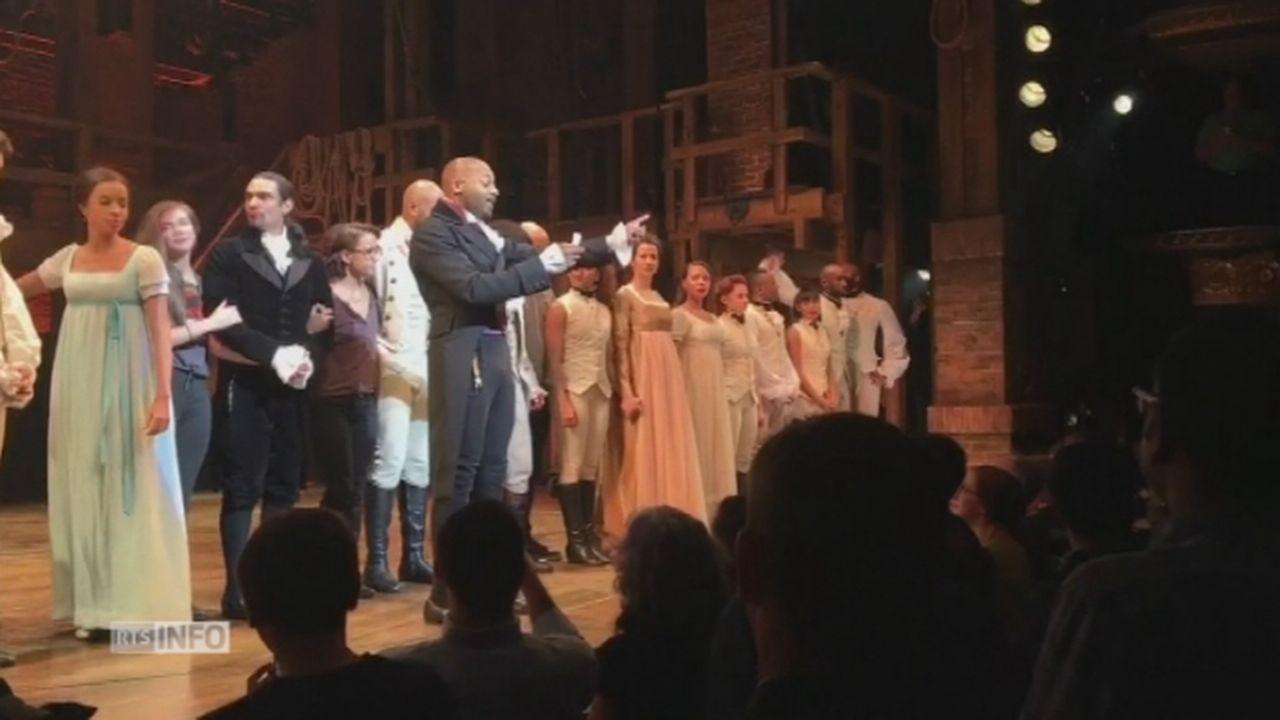 Un acteur de Broadway interpelle Mike Pence lors d'une représentation [RTS]