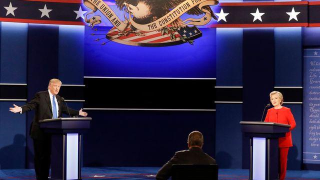 L'affaire des e-mails avait empoisonné la campagne de Hillary Clinton. Lors des débats, Donald Trump l'a à de nombreuses reprises attaquée sur ce sujet. [David Goldman - ap/Keystone]