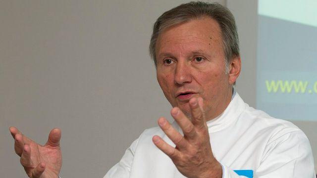 Philippe Morel, médecin-chef du Service de chirurgie viscérale aux HUG et vice-président de Swisstransplant. [Salvatore Di Nolfi - Keystone]
