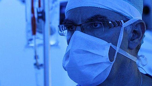 Jean-Marie Wenger responsable de la consultation endométriose à la clinique de gynécologie des HUG à Genève. [www.jmwenger.com]