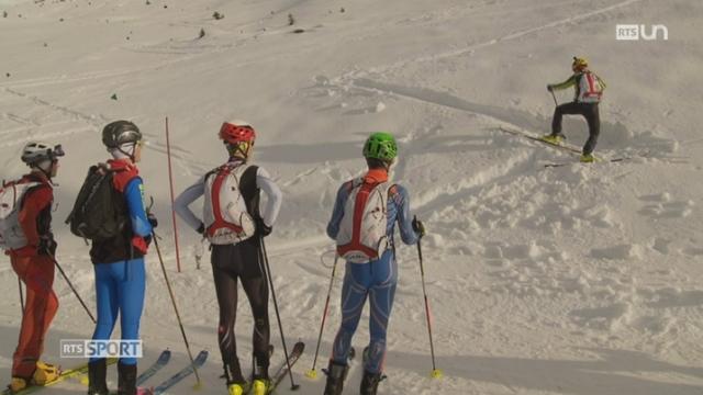 VS- Le Mag: plusieurs jeunes apprennent les rudiments du ski alpinisme auprès de l'entraîneur Pierre-Marie Taramarcaz [RTS]