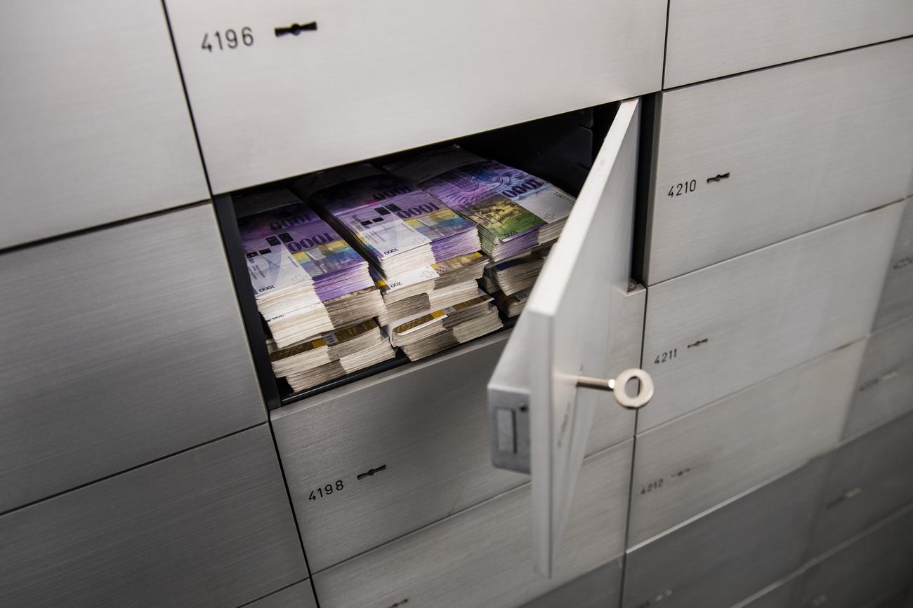 Résultats de recherche d'images pour «paradis fiscaux suisse»