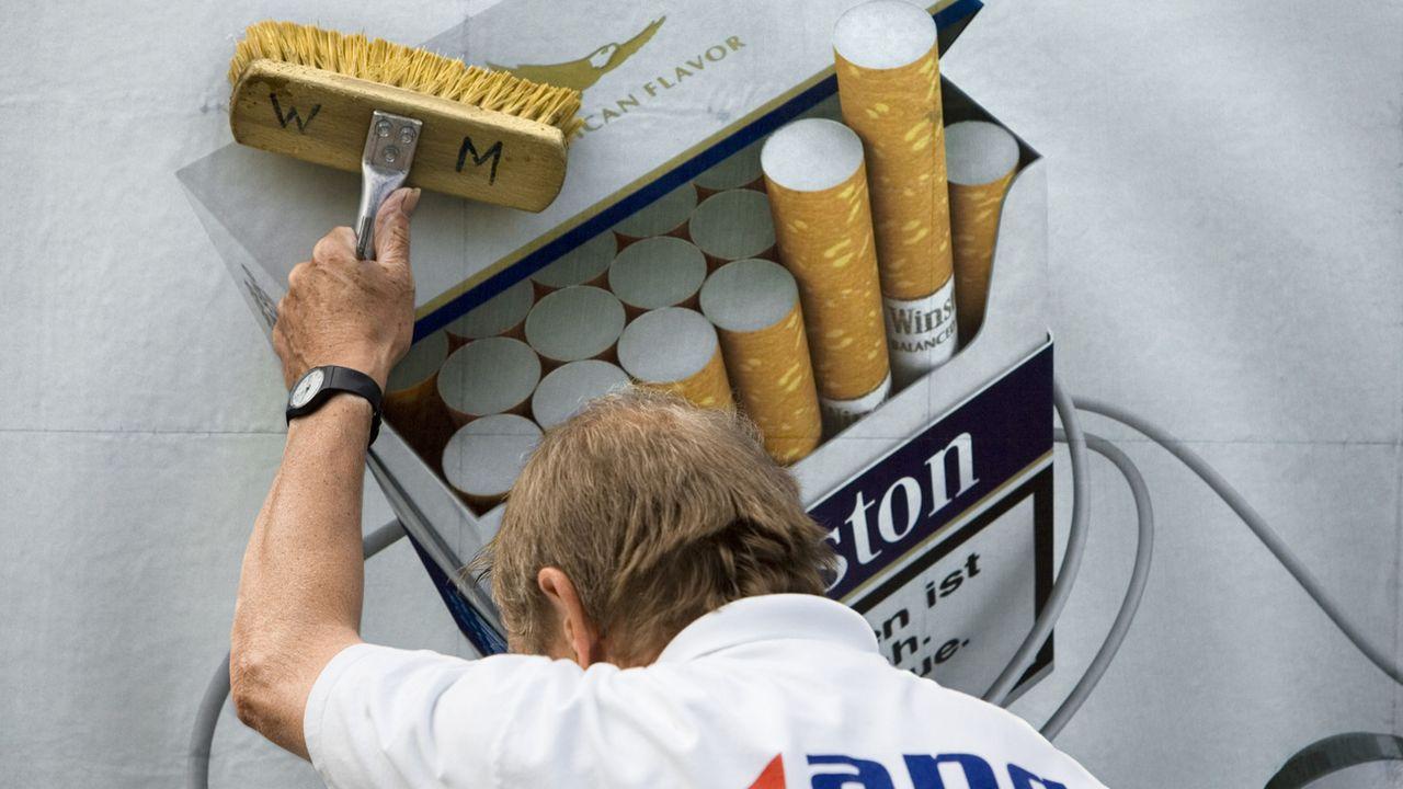La publicité pour le tabac ne sera pas restreinte. [GaËtan Bally - Keystone]