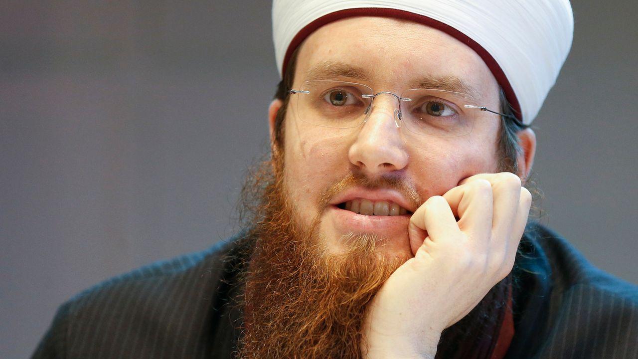 Interrogé par Le Temps, le président du Conseil central islamique suisse (CCIS) Nicolas Blancho conteste la présence d'Abdulmohsen Al-Mutairi sur la liste noire américaine. [Peter Klaunzer - KEYSTONE]