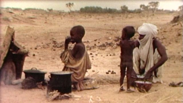 L'agonie du Sahel en 1984. [RTS]