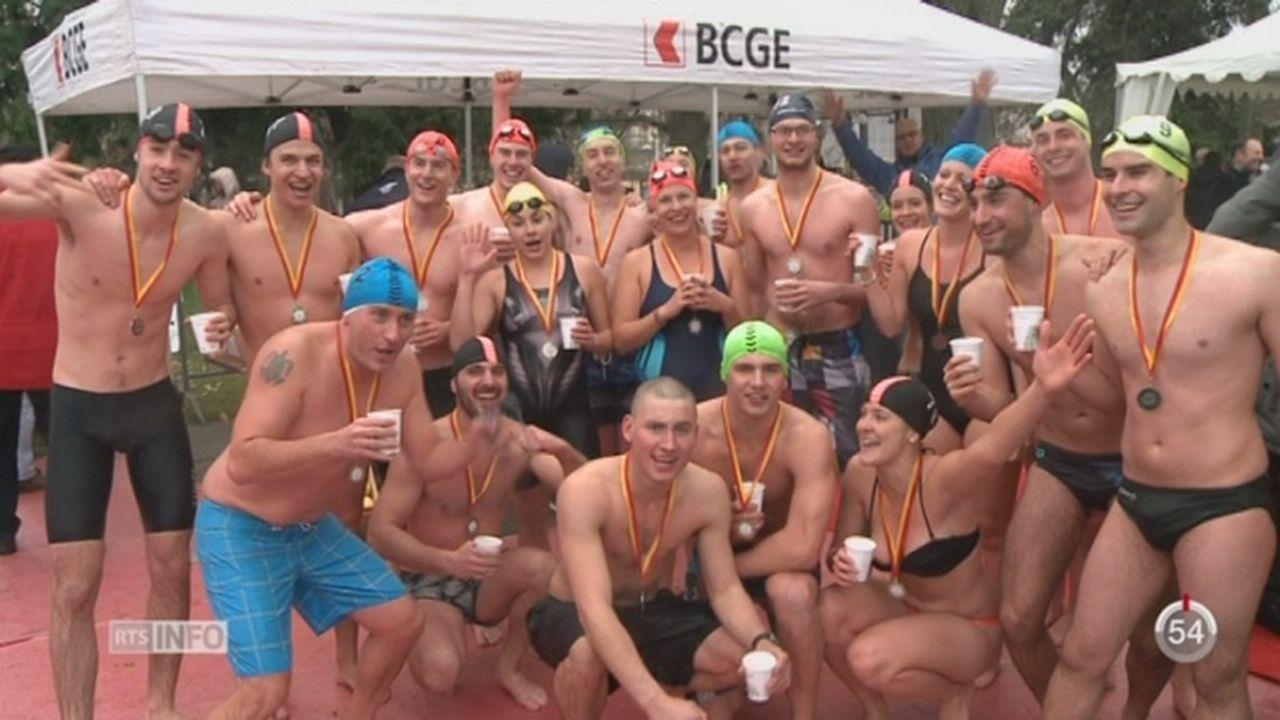 GE: les baigneurs ont bravé le froid lors de la Coupe de Noël [RTS]