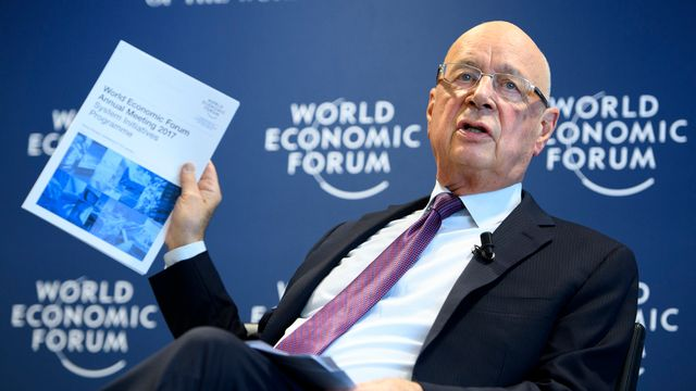 Le président du WEF Klaus Schwab mardi à Cologny (GE). [Laurent Gilliéron - Keystone]