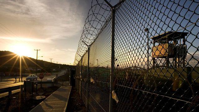 La prison militaire américaine de Guantanamo, sur l'île de Cuba, photographiée en juin 2008. [Brennan Linsley - AP Photo/Keystone]