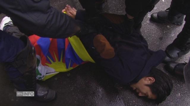 Plusieurs activistes pro-Tibet arrêtés à Berne lors d'une manifestation non-autorisée [RTS]