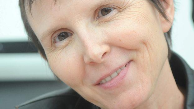 """Versus-lire - Régine Détambel: """"Trois ex"""""""