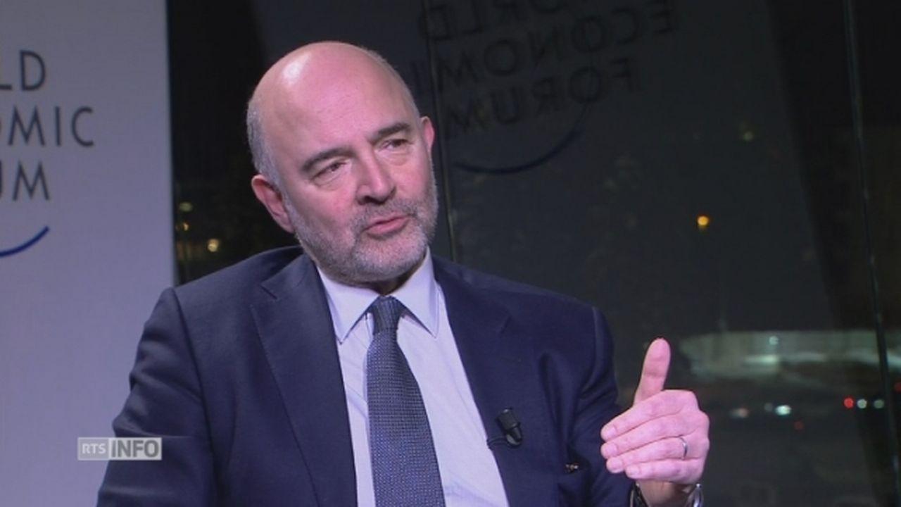 """Pierre Moscovici salue """"le talent"""" et """"les idées neuves"""" d'Emmanuel Macron [RTS]"""
