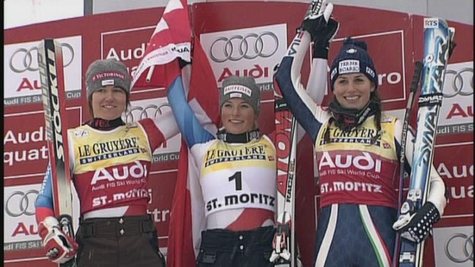 Lara Gut sur le podium du super-g à St-Moritz en 2008. [RTS]