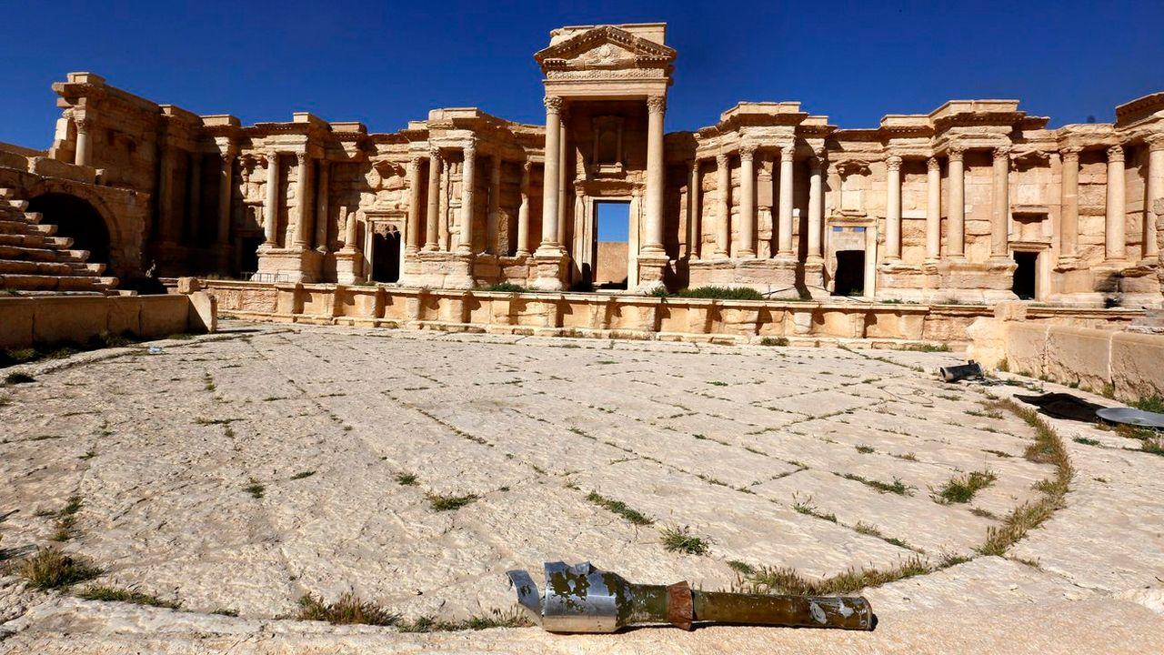 Image d'archives du théâtre romain de Palmyre, qui a subi de nouveaux dommages le 20 janvier 2017. [Youssef Badawi - Keystone]
