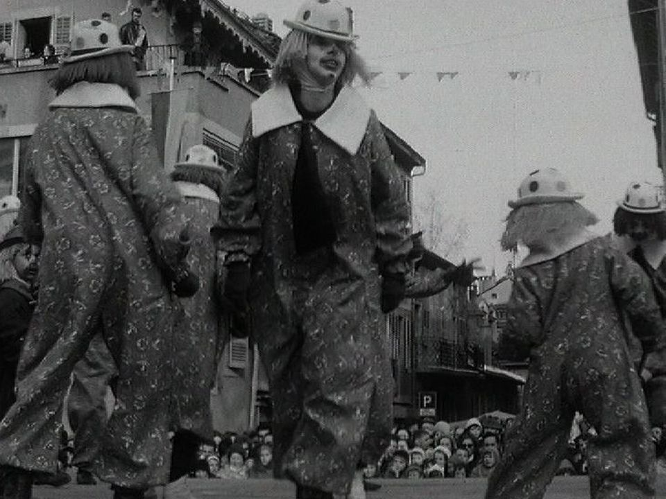 Carnaval en Valais en 1963. [RTS]