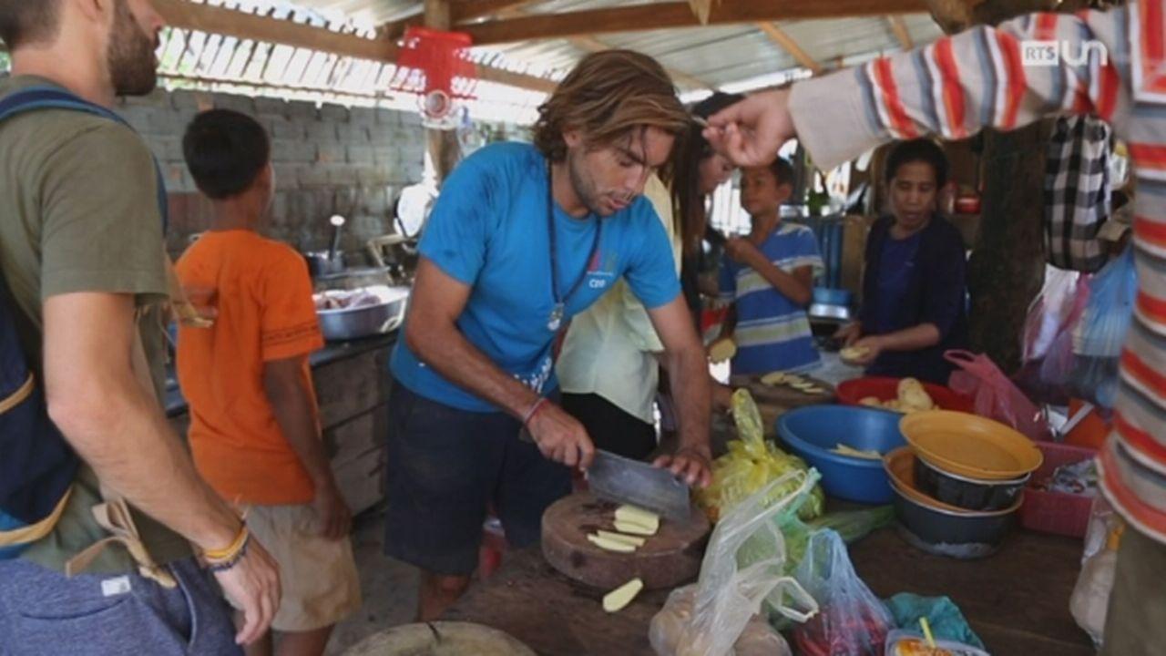 Le tourisme des orphelinats [RTS]
