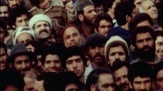 L'Iran attend l'ayatollah Khomeiny en 1979. [RTS]